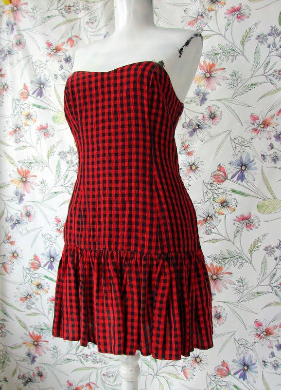Costum compleu vintage dama subtire patratele rosu negru rochie scurta blazer