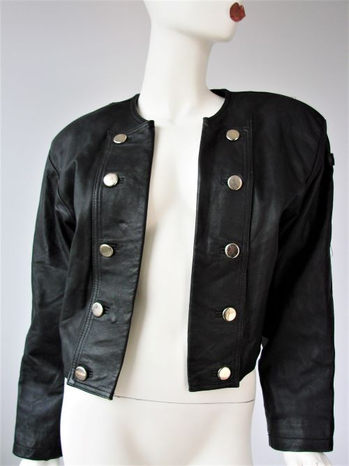 Geaca scurta piele neagra vintage anii 80