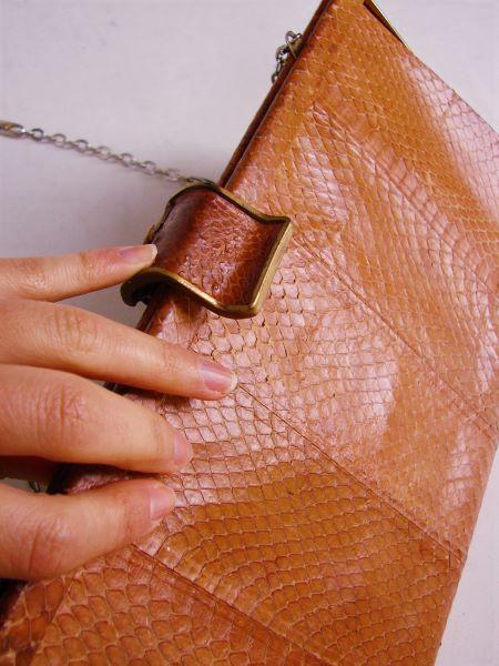 Geanta poseta vintage piele sarpe bej lant umar