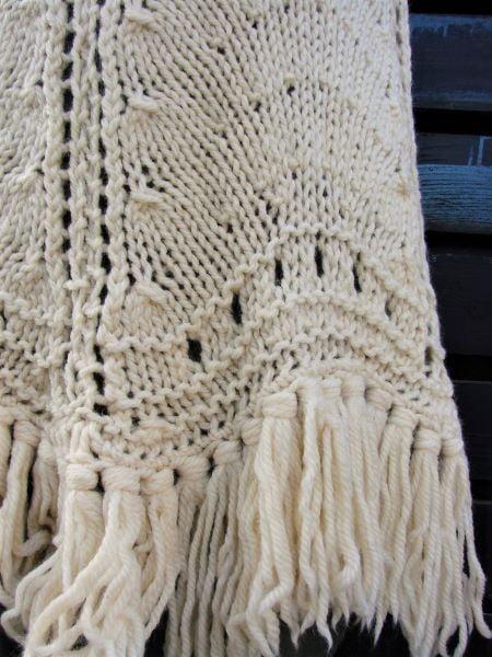 Poncho vintage gros lana crem franjuri