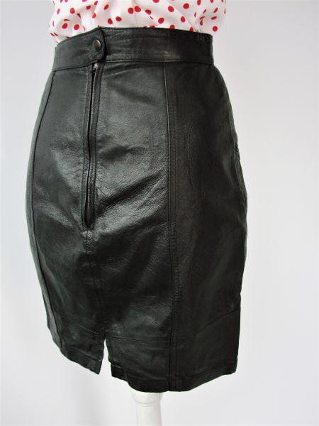 Fusta scurte piele neagra vintage