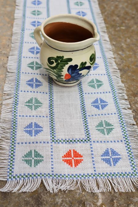 Decoratiune servet stil traditional popular broderie manuala ieftin
